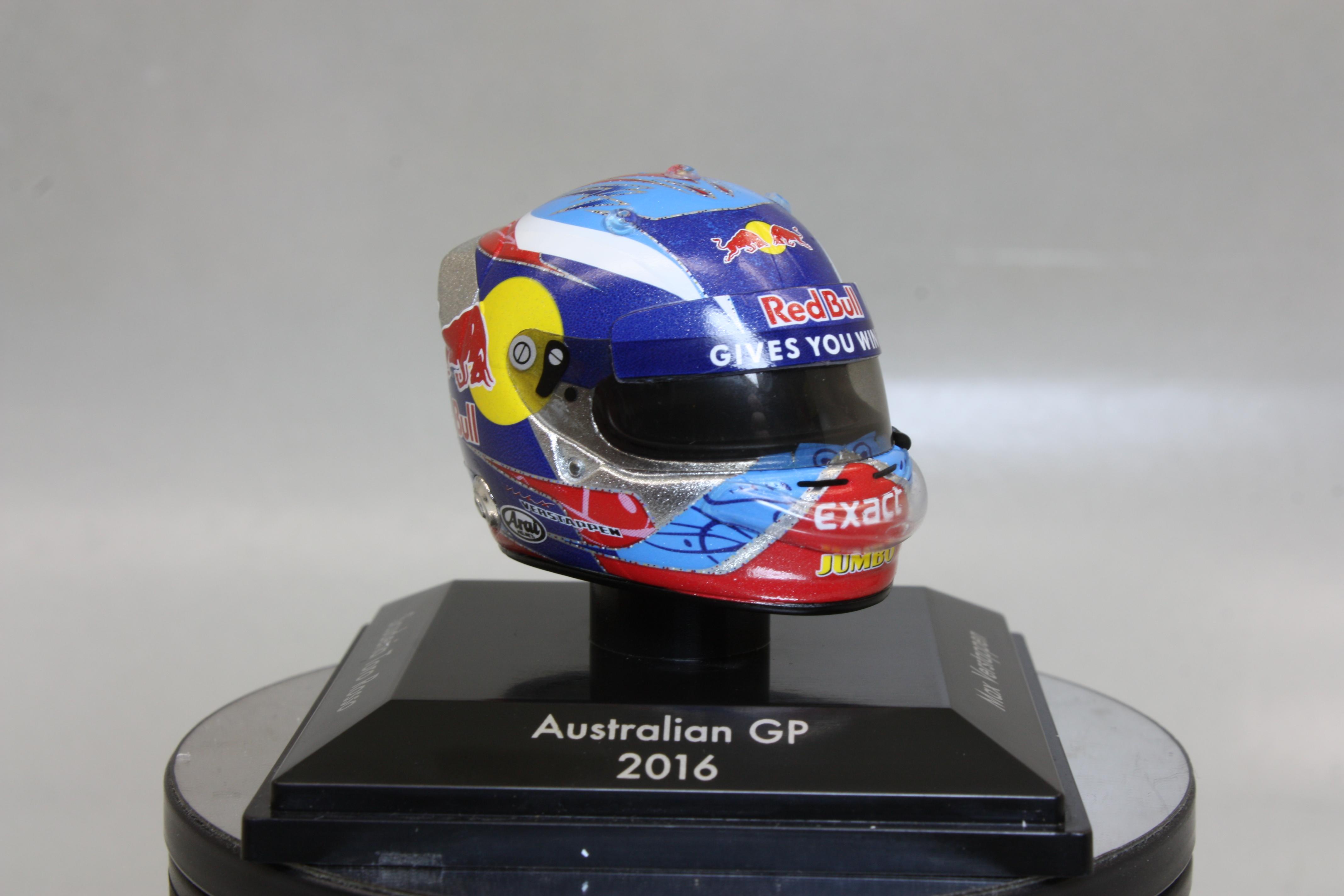 Max Verstappen  Arai Helm Toro Rosso