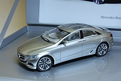 Mercedes F800Style